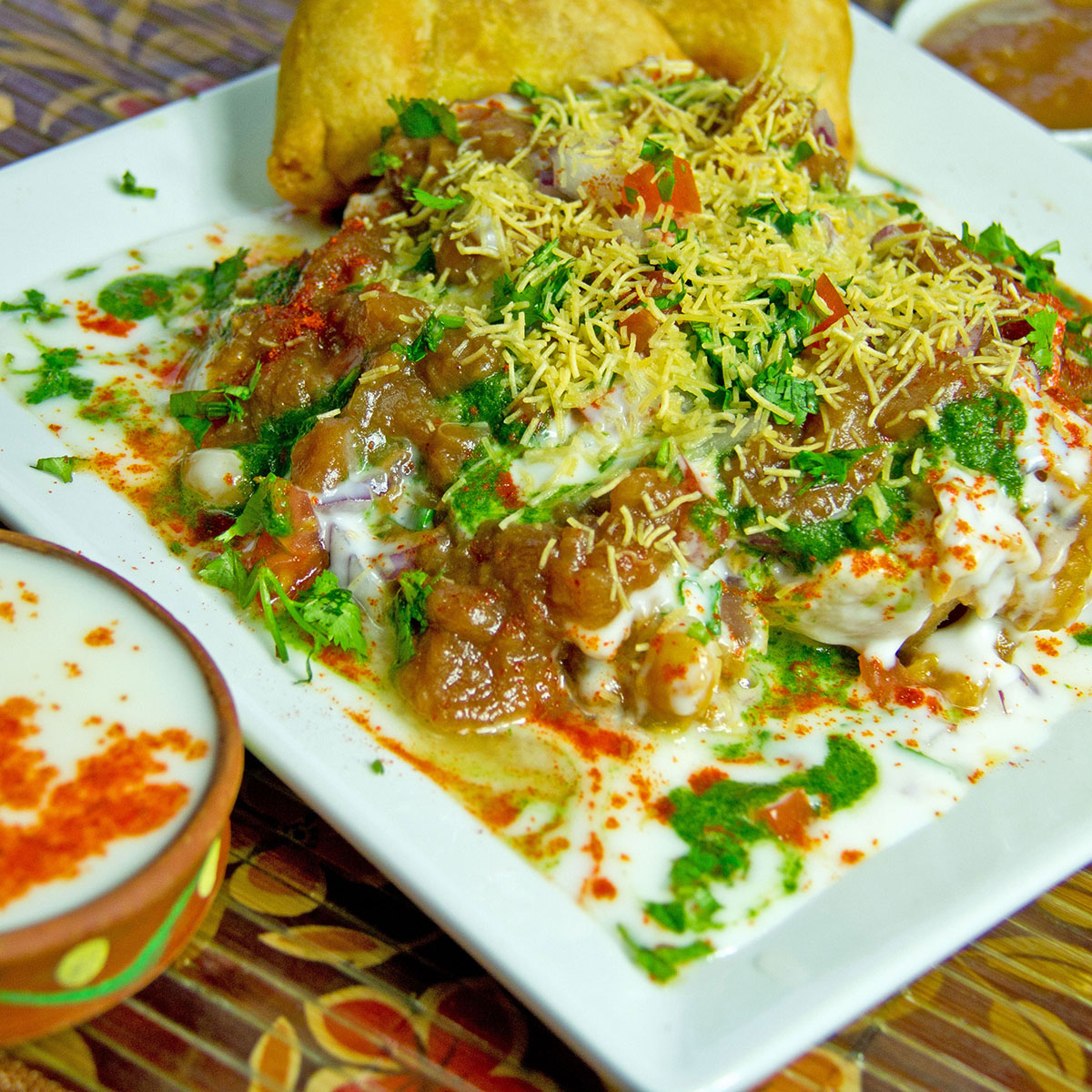 Samosa-chat, Indian Oven